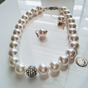 Jewelry - New Faux pearl necklace